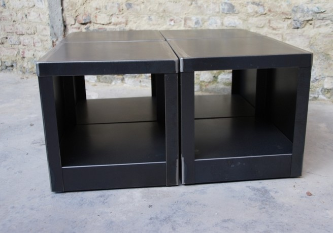 table-cube-metal-brut