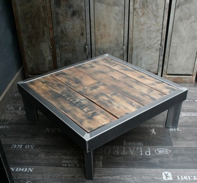 table palette acier sur pieds table design table basse m tal bois. Black Bedroom Furniture Sets. Home Design Ideas