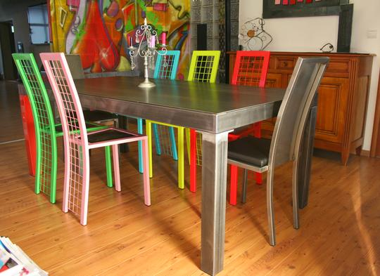 Table salle manger m tal brut table design table metal - Table salle a manger metal ...