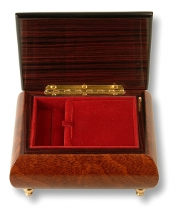 Musical ring box made of wood by Lutèce Créations with traditional 18 note musical mechanism - Item # for this Lutèce Créations musical ring box : FL.18.4106
