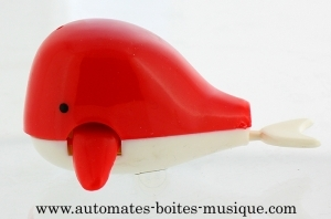 Swimming and mechanical automaton : whale made of plastic with winding key - Item# for this swimming and mechanical automaton : AAN-01
