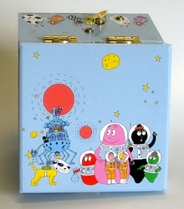 Trousselier music box with traditional 18 note musical mechanism and dancing Barbapapa - Item # for this Trousselier music box with dancing Barbapapa : 20-610