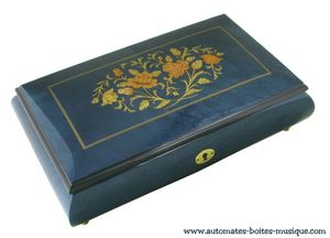 Lutèce Créations musical jewelry box made of wood with traditional 18 note musical mechanism - Item # for this Lutèce Créations musical jewelry box : FL.18.8002