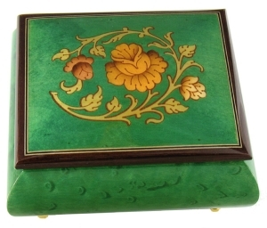 Lutèce Créations music box made of maple wood with flower inlay and a traditional 18 note spring musical mechanism - Item # for this Lutèce Créations music box : FL.18.4001