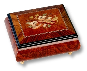 Musical ring box made of wood by Lutèce Créations with traditional 18 note musical mechanism - Item # for this Lutèce Créations musical ring box : IM.18.4100
