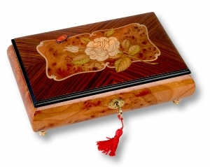 Lutèce Créations musical jewelry box made of wood with traditional 18 note musical mechanism - Item # for this Lutèce Créations musical jewelry box : RO.18.7000