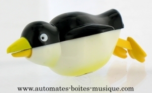 Swimming and mechanical automaton : auk made of plastic with winding key - Item# for this swimming and mechanical automaton : AAN-04