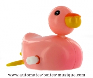 Swimming and mechanical automaton : pink duck made of plastic with winding key - Item# for this swimming and mechanical automaton : 1002-Rose