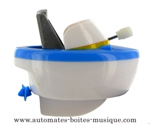 Floating boat automaton made of plastic with traditional rewind key - Item # for this floating boat automaton : 1046-BLANC