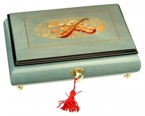 Lutèce Créations musical jewelry box made of wood with traditional 18 note musical mechanism - Item # for this Lutèce Créations musical jewelry box : IM.18.7004