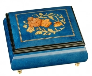 Musical ring box made in France by Lutèce Créations with traditional 18 note musical mechanism - Item # for this Lutèce Créations musical ring box : FL.18.4102