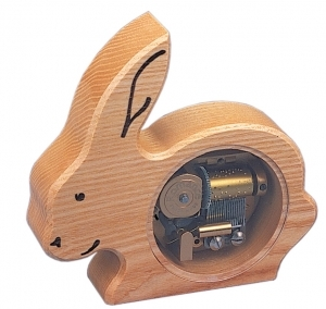Swiss music box made of wood with a 18 note musical mechanism - Item # for this swiss music box : 2001611