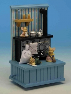 Musical automaton with mice and with traditional 18 note spring musical mechanism - Item# for this musical automaton : 44004