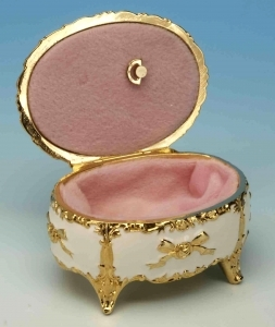 Music box made of metal and porcelain with porcelain inlay and traditional 18 note musical mechanism - Item # for this music box made of metal and porcelain : 23855