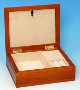 Musical jewelry box with traditional 18 note spring musical mechanism - Item# for this musical jewelry box : 16070