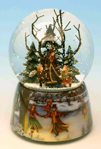Christmas musical snow globe made of resin with traditional 18 note musical mechanism - Item# for this Christmas musical snow globe : 46070