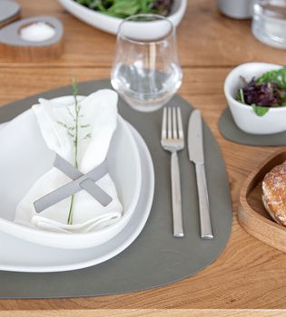 SET TABLE MAT CURVE L 37X44CM NUPO ARMY GREEN