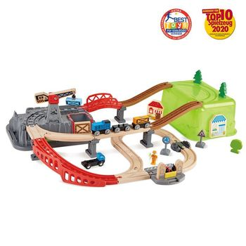 Railway bucket-builder set