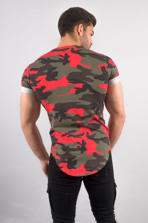 T-shirt homme camouflage rouge 128