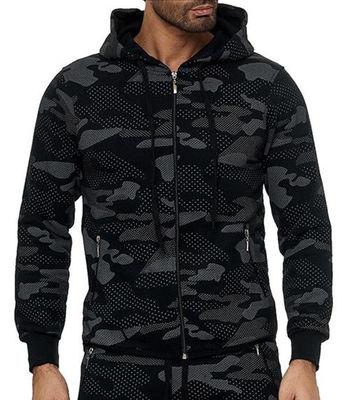 Ensemble jogging camouflage