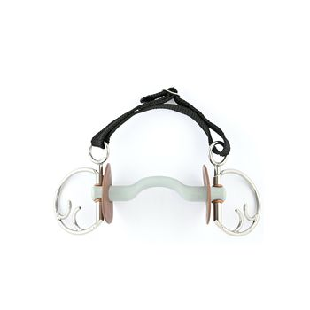 Kimblewick bit with tongue port snaffle