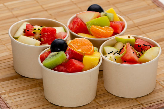 Coffret 12 mini salades de fruits