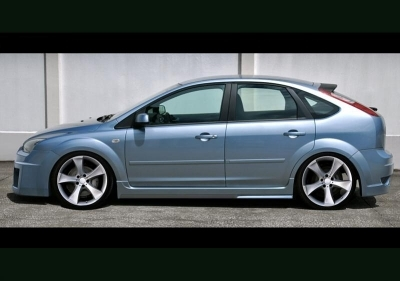 KIT CARROSSERIE COMPLET FORD FOCUS II HATCHBACK PHASE 1 MAD XEN IB (2004/11-2007)