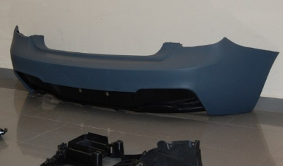 PARE CHOC ARRIERE BMW SERIE 1 F20 PHASE 1 LOOK M PERFORMANCE V1 OU V2 (2011/2015)