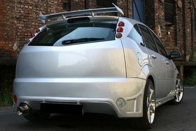 PARE CHOC ARRIERE ADAPTABLE FORD FOCUS STORM