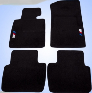 jeu de tapis bmw e46 4 pieces gamme motif. Black Bedroom Furniture Sets. Home Design Ideas