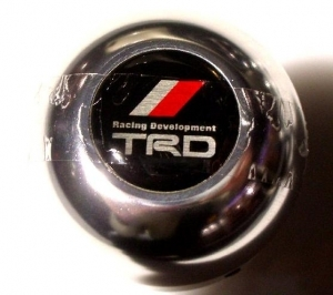 POMMEAU EDITION LIMITEE TRD (TOYOTA RACING DEVELOPPEMENT)