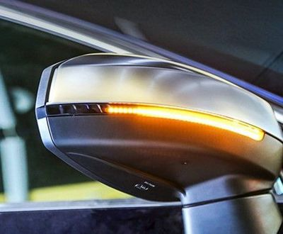 CLIGNOTANTS SEQUENTIELS DTS (DYNAMIC TURN SIGNAL) GAMME AUDI