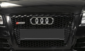 calandre audi rs5 black sur mesure pour audi a5 type 8t. Black Bedroom Furniture Sets. Home Design Ideas