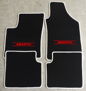 Jeu De Tapis De Sol Fiat 500 Abarth 2007 4 Pieces Script Color