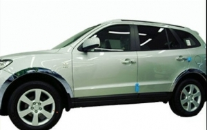 SET D' ENJOLIVEURS DE PASSAGES DE ROUES CHROMES HYUNDAI SANTA FE (2006/2011)