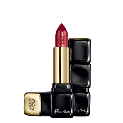 """<br />Guerlain<br />KissKiss<br /><p class=""""secondary teinte"""">Red Passion</p><br /><div class=""""btn_buy btn_buy_look""""></div>"""