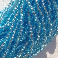 ROUND BEADS WITH SQUARE HOLE 10°