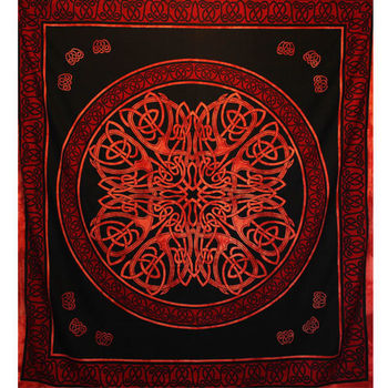 Tenture Tribale Celtique (Rouge) (GF)