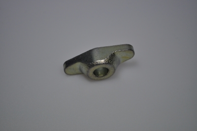 central clamp fixing exhaust manifold