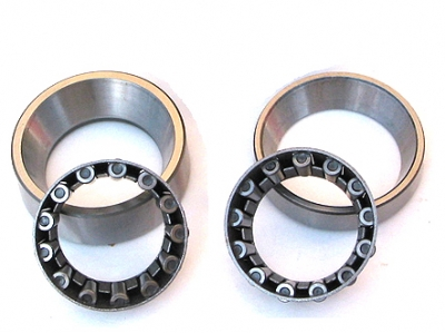 thrust roller bearing for steering pinion
