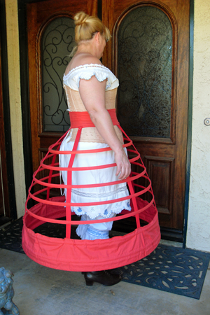 Truly Victorian TV142 jupon cage Crinoline 1856