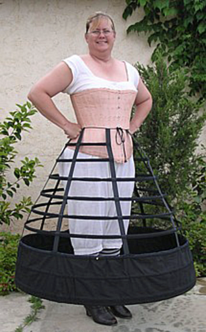 Truly Victorian TV141 jupon cage Crinoline 1858