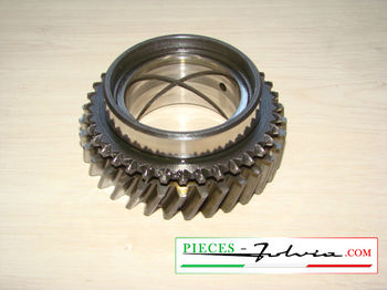 3rd speed gear on primary shaft  Lancia Fulvia 1300 series 2-3