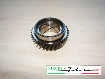 4Th speed gear on primary shaft  Lancia Fulvia 1300 series 2-3