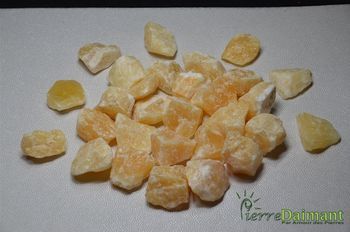 Calcite orange, 1 pierre brute, Mexique.