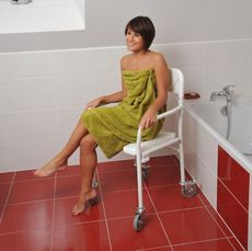 Chaise de douche pliable