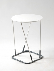 Pedestal table TOM YAM