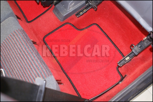 205 GTI RED floor mats set, made on demand (making time 5 to 8 weeks)
