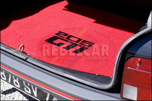 VELVET 205 GTI RED BOOT mat with BLACK BORDER and BLACK CENTRAL HORIZONTAL LOGOS