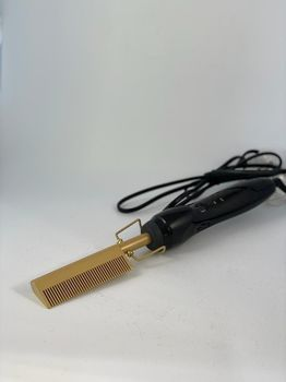 Heating Comb by Reine Cosmetics